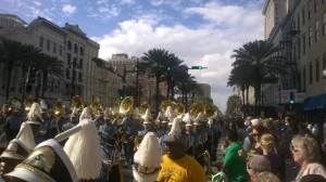 Marchkapelle im Mardi Gras Umzug in New Orleans